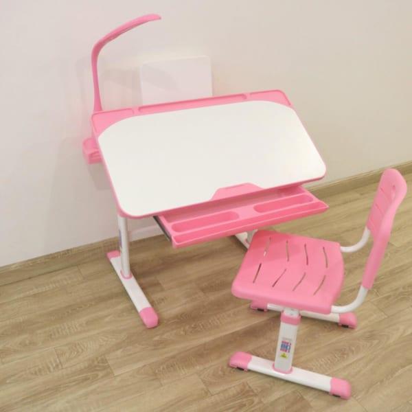 Bàn ghế chống gù chống cận cho trẻ