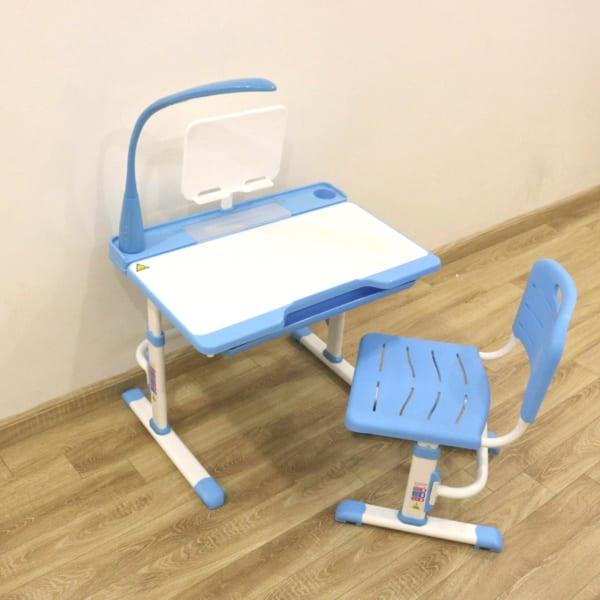 bàn ghế q8 plus xanh cho bé