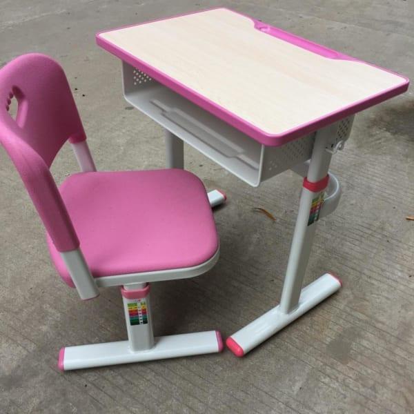 Bàn ghế học sinh chất lượng