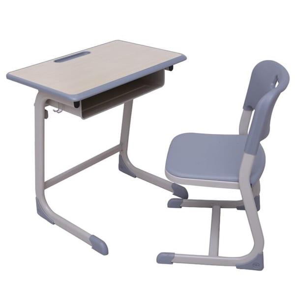 Bàn ghế chân cong